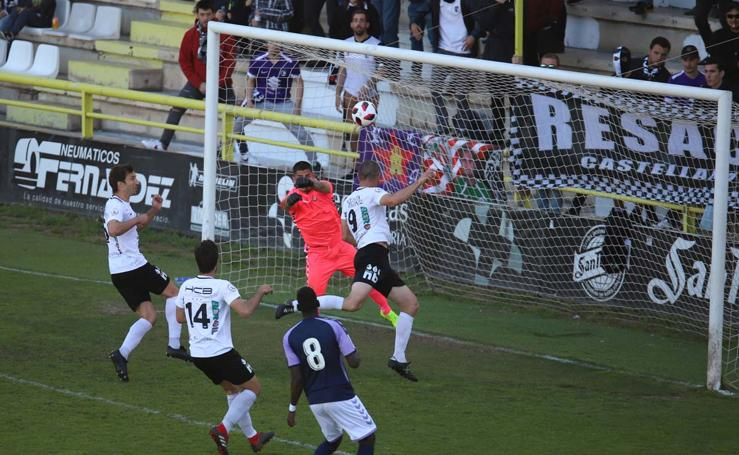 Las mejores imágenes del Burgos CF - Real valladolid B