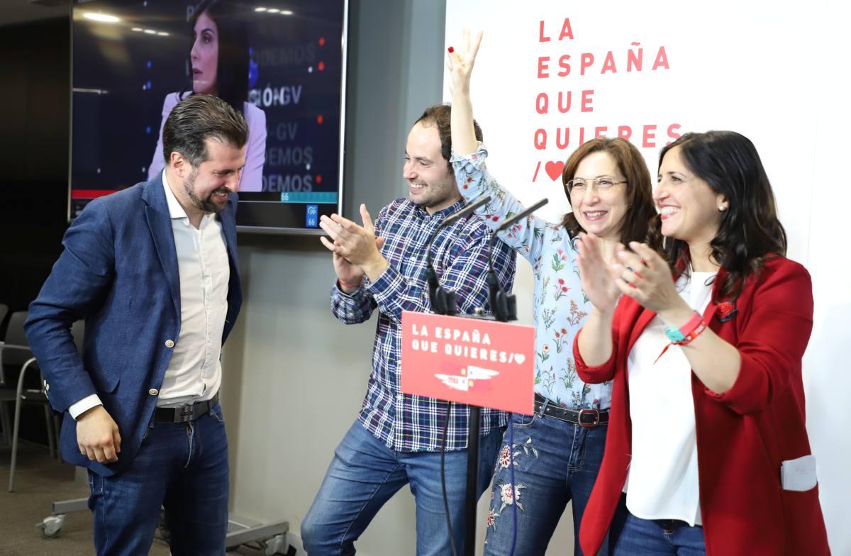 El PSOE celebra una victoria histórica en Burgos