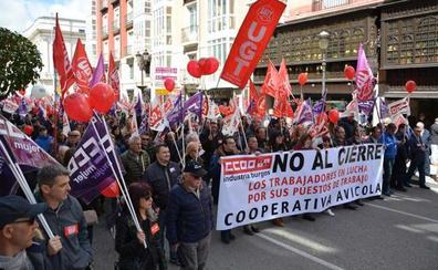 CC OO y UGT piden «llenar las calles contra la precariedad y la desigualdad»