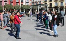 Folclore tradicional a favor de la Asociación Síndrome de Down Burgos