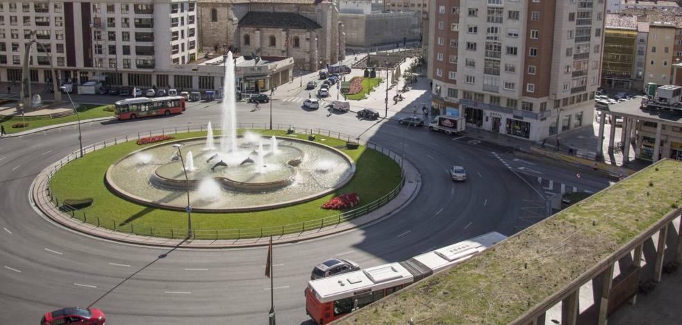 El PP apuesta por la gratuidad de los autobuses para jubilados y por un intercambiador en la Plaza de España