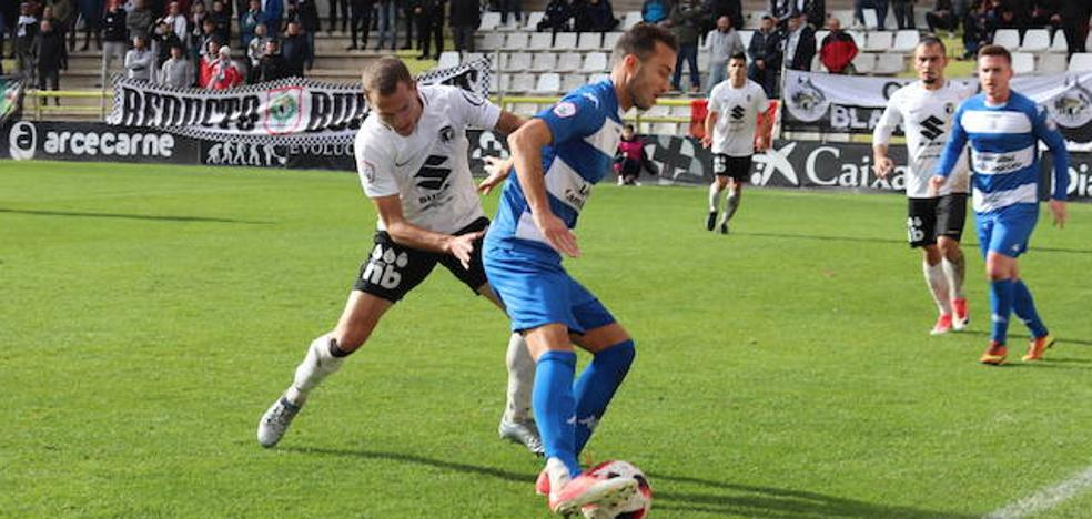 El Burgos CF, en busca de una victoria clave