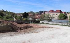 Arrancan las obras del aparcamiento del polideportivo Pisones