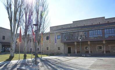 Docentes de la UBU se manifiestan contra la «precarización» de sus contratos