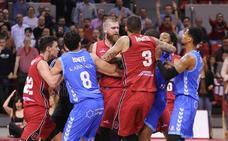 El arbitraje empuja al San Pablo Burgos a una bronca derrota