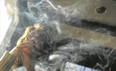 El Gobierno quiere prohibir el fumar en el coche