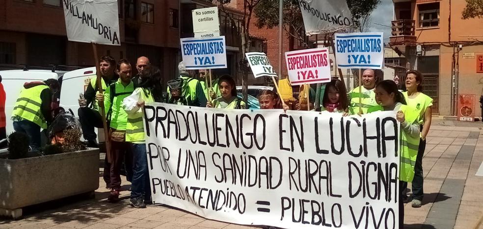 Los vecinos de la comarca de Pradoluengo vuelven a exigir recuperar el médico de Fresneda de la Sierra Tirón