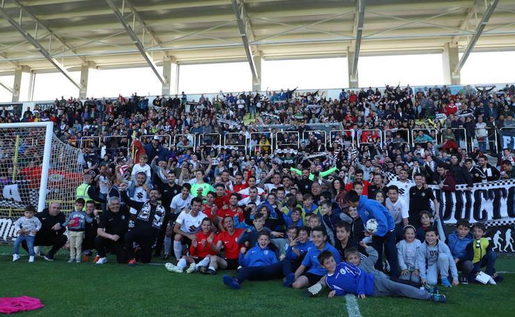 La celebración el El Plantío tras la salvación del Burgos CF