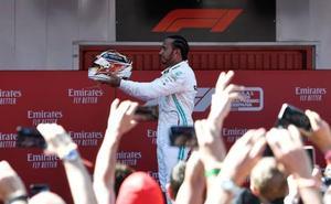 Dictatorial victoria de Hamilton en Montmeló