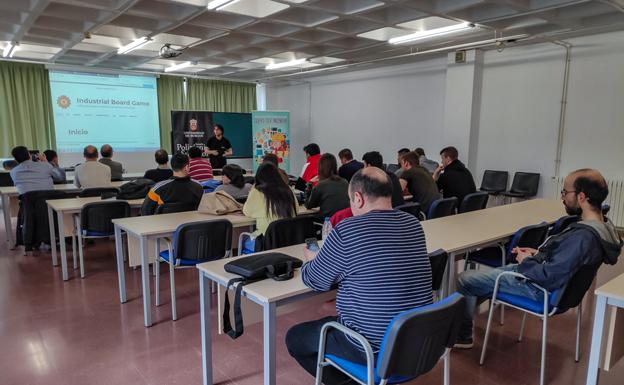 La EPS celebró el I Encuentro Industrial IBG con un juego industrial con posibilidades educativas
