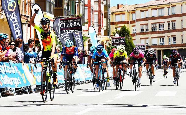 Las mejores imágenes de la primera etapa de la Vuelta a Burgos féminas