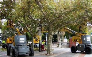 Los trabajadores de Jardines exigen el pago del finiquito a Jardines Burgos tras el cambio de adjudicatario