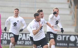 El Burgos CF busca cerrar un año agridulce con una sonrisa