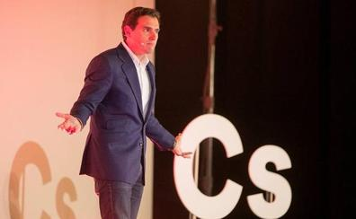 Rivera vigilará con lupa a Sánchez y no permitirá un paso más al nacionalismo