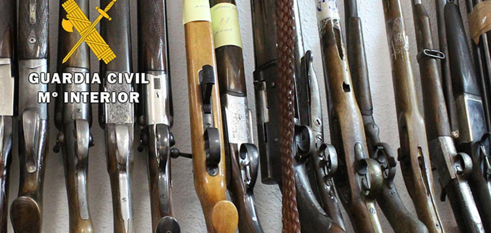 La Guardia Civil subasta este lunes 195 armas retiradas judicialmente a particulares