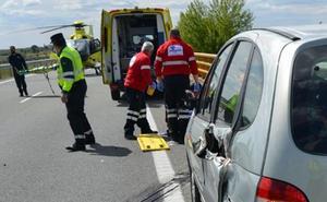 Muere, arrollado por un camión, cuando salía de su vehículo averiado en la autovía de León