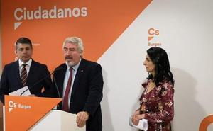 Delgado pide «establecer puentes» entre la ciudad y el alfoz para compartir servicios