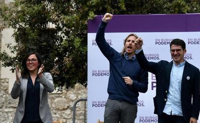 Fernández se dirige a la militancia socialista para señalar que solo Podemos-Equo representa el cambio