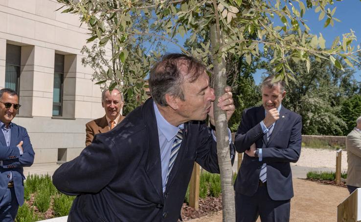 La Universidad de Burgos inaugura su Jardín de la Sabiduría en honor a sus Honoris Causa