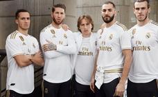 El Real Madrid luce su nueva camiseta con Bale y Keylor