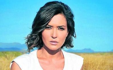 Alejandra Andrade: «Me gustan los temas con 'malos'»