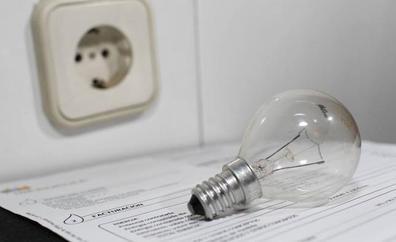 Los precios caen en mayo hasta el 0,8% por la bajada de la luz