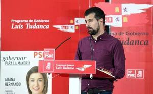 Luis Tudanca acusa al PP y a Cs de haber «traicionado» a toda Castilla y León y haber «suspendido su autonomía»