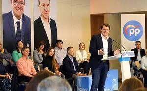 Mañueco asegura que el nombre del alcalde de Burgos todavía no está concretado