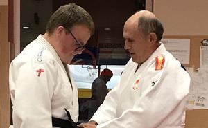 El judoka burgalés Jorge Ruiz obtiene el cinturón negro primer dan