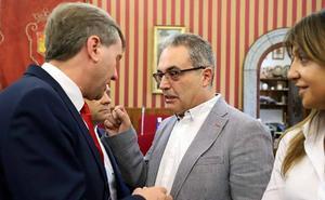 Vox asegura que sus dos concejales de Burgos tenían orden de apoyar a Cs