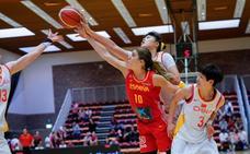 España se luce ante China