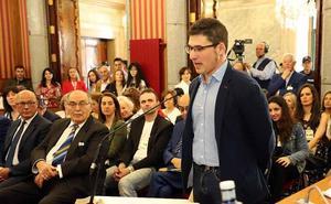 Salinero: «Se ha evitado en este Pleno vender un sillón a cambio del futuro de 176.000 burgaleses y burgalesas»