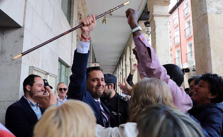 De la Rosa (PSOE) se hace con la Alcaldía de Burgos tras el descuelgue de Vox, que no se suma al pacto PP-Cs