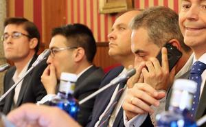 Las direcciones del PP y Vox en Madrid analizan qué respuesta dan a lo ocurrido en el Ayuntamiento de Burgos
