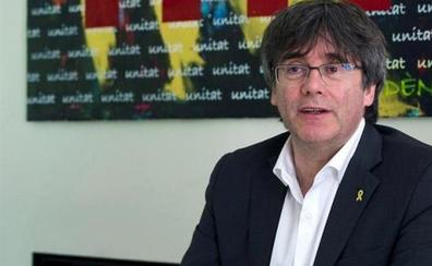Puigdemont intenta acreditarse como eurodiputado sin pisar el Congreso