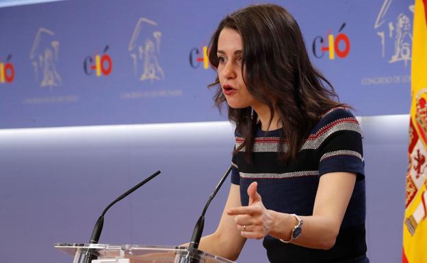 Arrimadas anuncia que analizarán la posibilidad de impulsar una moción de censura contra el alcalde de Burgos