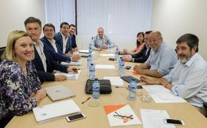 Luis Fuentes será presidente de las Cortes y se mantiene abierta la negociación para la presidencia de la Junta
