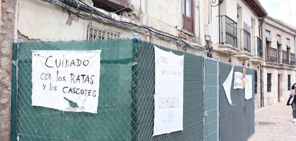 El Ayuntamiento estudiará habilitar ayudas para la rehabilitación de viviendas en Las Huelgas