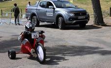 Los coches de inercia toman el Castillo de Burgos en la VI Hiperbaric Challenge
