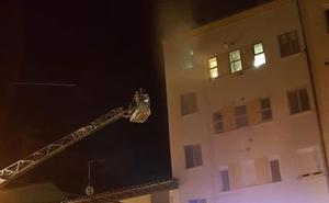 Los Bomberos sofocan cuatro incendios en el primer fin de semana del verano