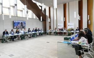 Los codirectores de Atapuerca pedirán el premio Princesa de Asturias para la Catedral de Burgos