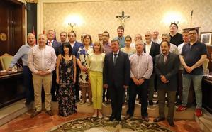 La Diputación cierra mandato despidiendo a once diputados, algunos «históricos» de Burgos