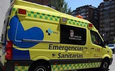 Herido un hombre de 71 años en la colisión de un camión y un turismo en la A-1 en Villamanzo