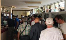 518 aficionados del Burgos CF sacan su carné en la primera jornada de renovación de abonos y nuevas altas