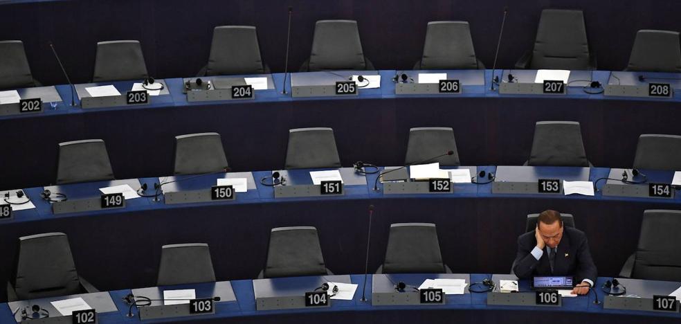 La Eurocámara ataca el reparto de cargos sin plantear vetarlos
