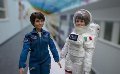 Barbie y la Agencia Espacial Europea animan a las niñas a ser astronautas