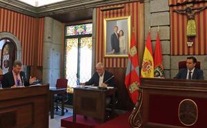 Lacalle acusa al PSOE de estar «como un pulpo en un garaje» y Barrio afirma que el PP ha dejado el Ayuntamiento «manga por hombro»