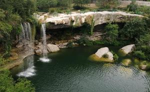 Diputación abordará con Valle de Tobalina implantar medidas de seguridad en la cascada de Pedrosa tras el último accidente mortal