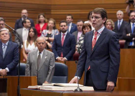 El rey recibe este viernes en audiencia al presidente de la Junta