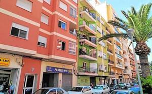 Fallece el hombre que bebió salfumán tras acuchillar a dos mujeres en Alicante
